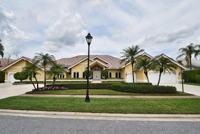 Ballantrae Court - St. Andrews Country Club - Homes for Sale - Michael Bloom  real estate Beth Bloom  realtor