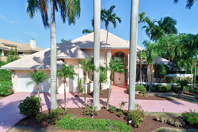 Brookwood Drive - St. Andrews Country Club - Boca Raton - Florida