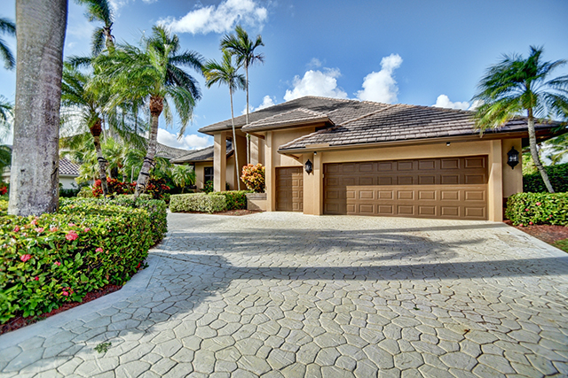 Courtland Lane - St. Andrews Country Club - Boca Raton - Florida - Michael Bloom - Broker Associate - real estate - Homes for Sale