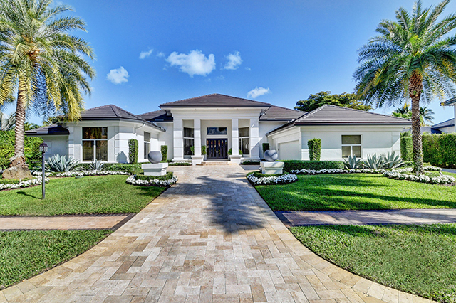 St. James Court - St. Andrews Coutry CLub - Boca Raton - Florida - Michael Bloom - Melanie Bloom - Beth Bloom - broker associates - luxury homes for sal